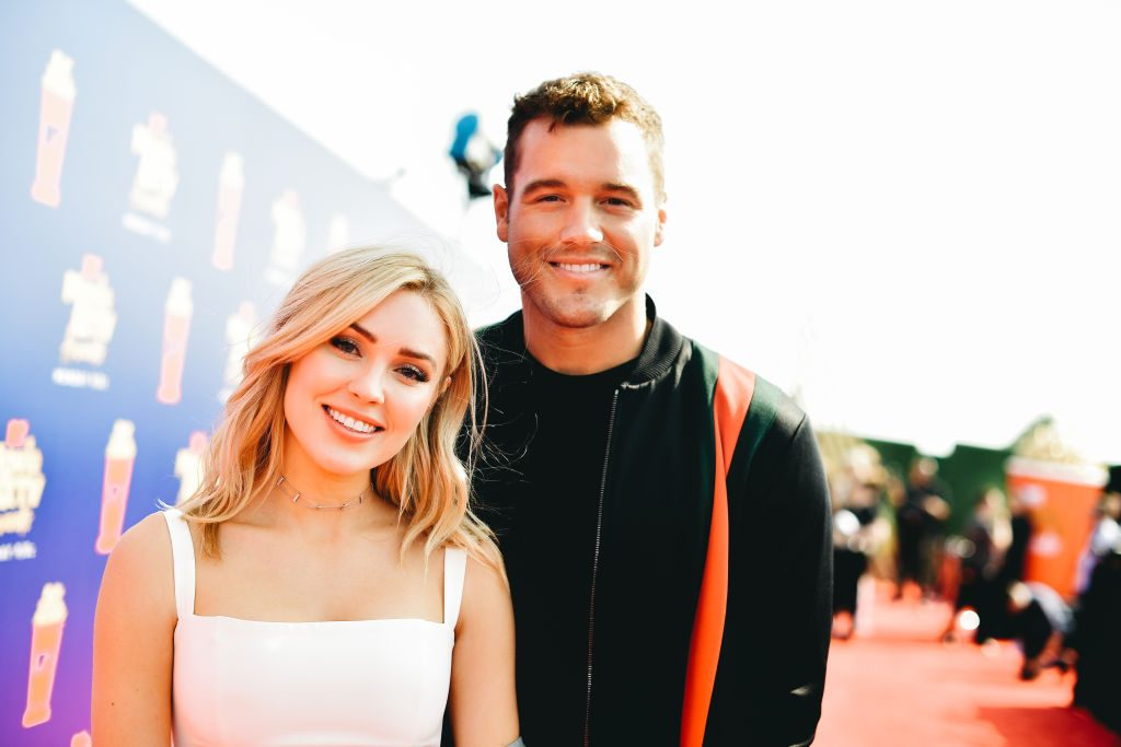 Cassie Randolph (L) and Colton Underwood