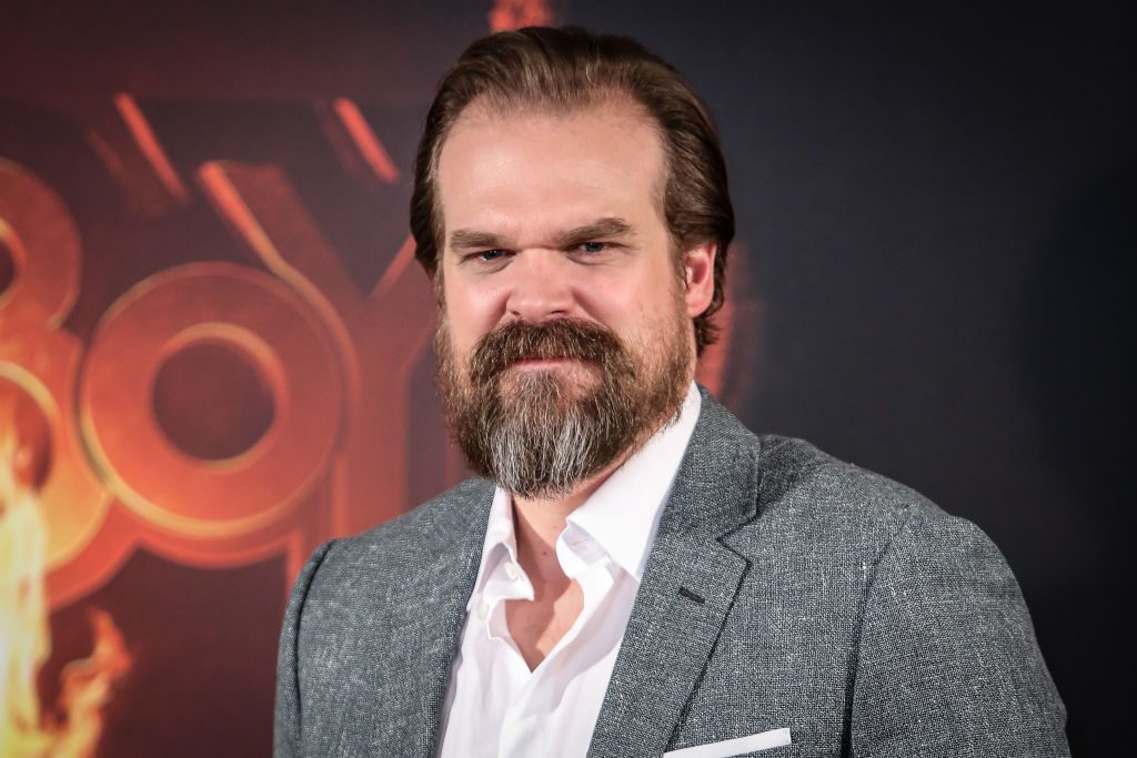 David Harbour on the red carpet.