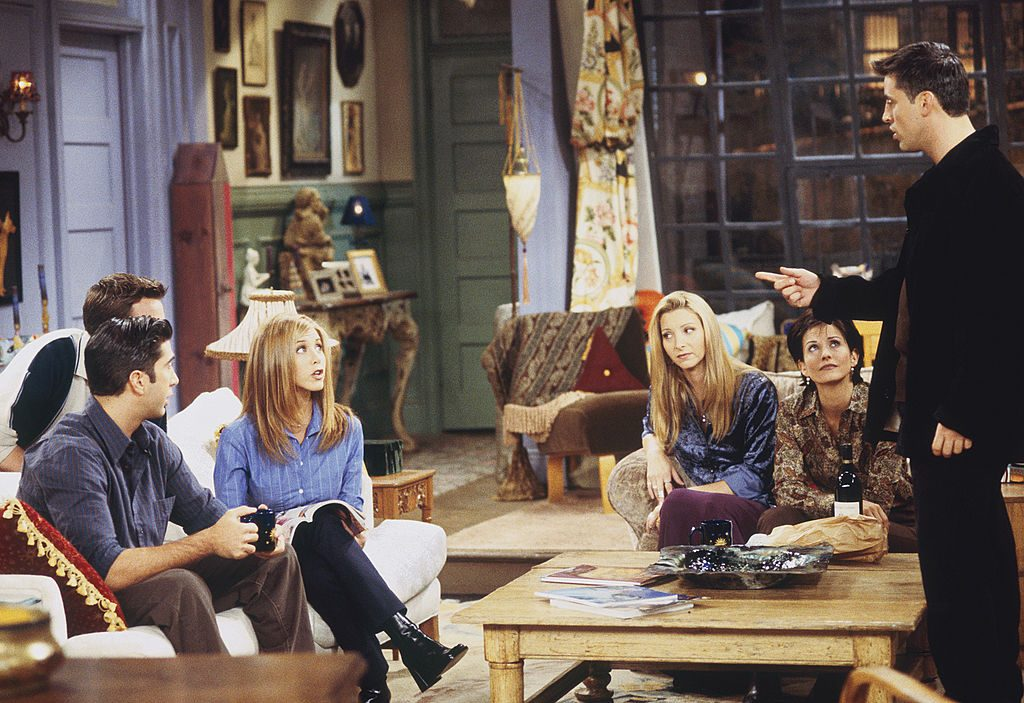 The Friends cast in the apartment | Gary Null/NBC/NBCU Photo Bank via Getty Images