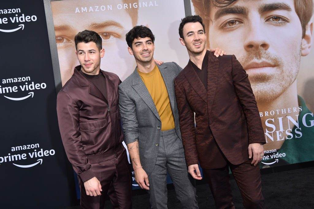 The Biggest Bombshells Revealed In The Jonas Brothers' New ...