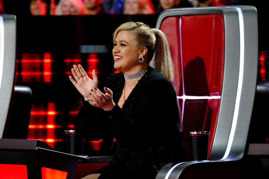 "Kelly Clarkson on ""The Voice"