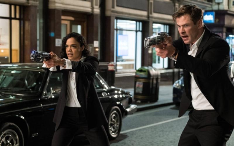 "Tessa Thompson and Chris Hemsworth in ""Men in Black: International"""