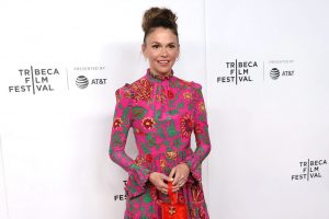 How Many Times Has 'Younger' Actress Sutton Foster Been Married and Does She Have Any Children?