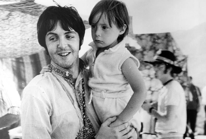 Why Paul Mccartney Wrote Hey Jude For John Lennon S Son