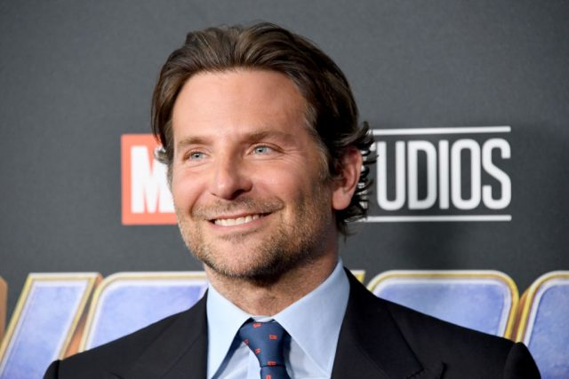 When were Bradley Cooper and Renee Zellweger a Couple?