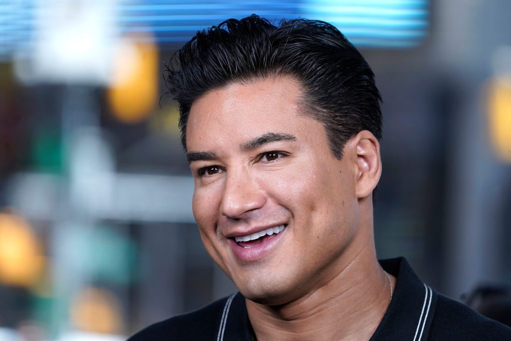 Mario Lopez controversial comments transgender