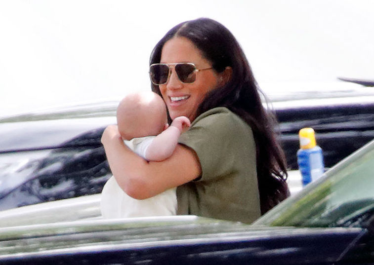 Meghan Markle Receives Harsh Criticism For Holding Baby Archie: 'The Poor Baby' - The Reports