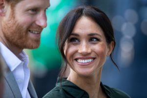 Revealed: This Is the Text Meghan Markle Sent To Her Friend After She Met Prince Harry