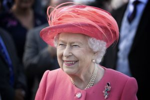 How Queen Elizabeth Starts and Stops Her Day Life Nobody Else
