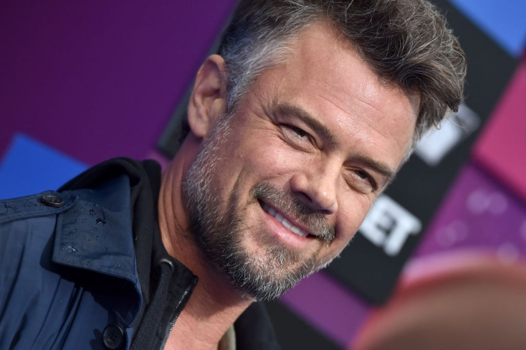 Shark Week 2019: Josh Duhamel to Star in Scripted Discovery Channel Movie - The Reports