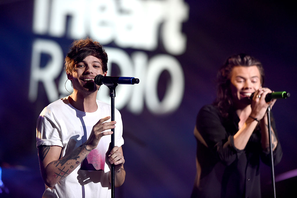 factory price d90e7 e4b96  Euphoria   How Louis Tomlinson and Harry Styles Really Felt About the   Larry  Scene on the Show