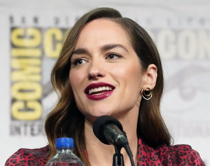 Comic-Con International: San Diego -- Wynonna Earp Panel -- Melanie Scrofano