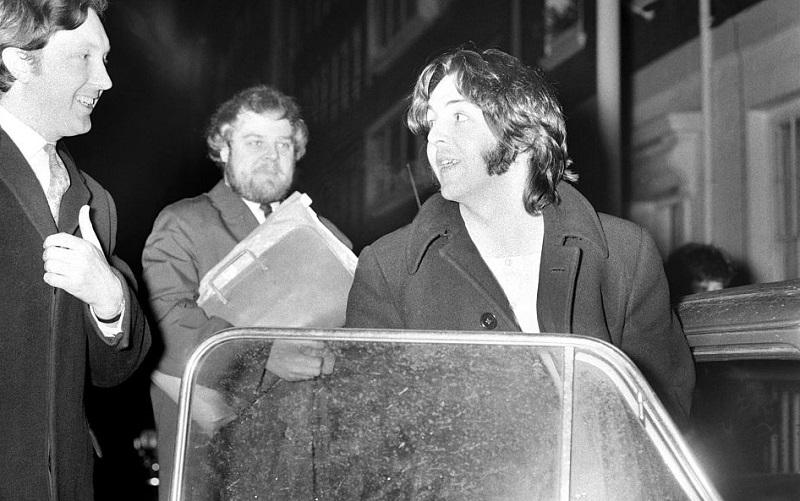 Paul McCartney outside Apple studios 1969