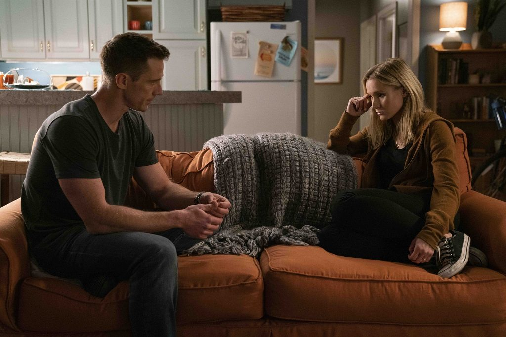 Logan Echolls (Jason Dohring) and Veronica Mars (Kristen Bell)