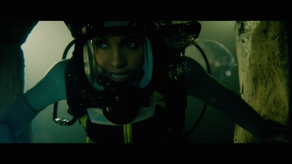 Corinne Foxx in 47 Meters Down: Uncaged