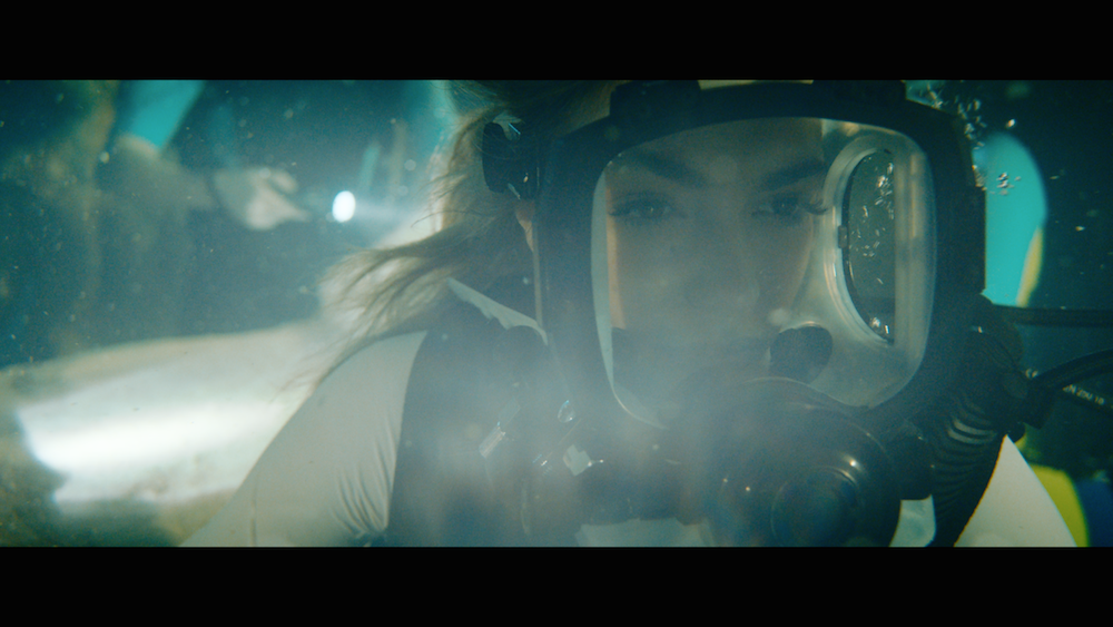 Sistine Stallone in 47 Meters Down: Uncaged