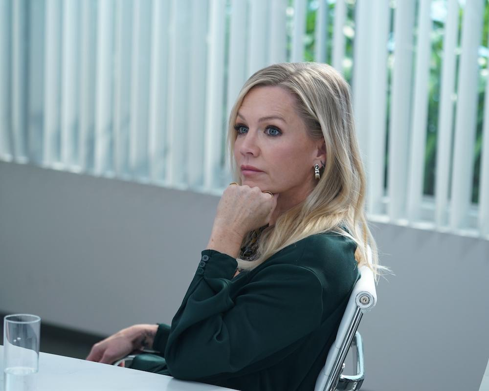 Jennie Garth in BH90210