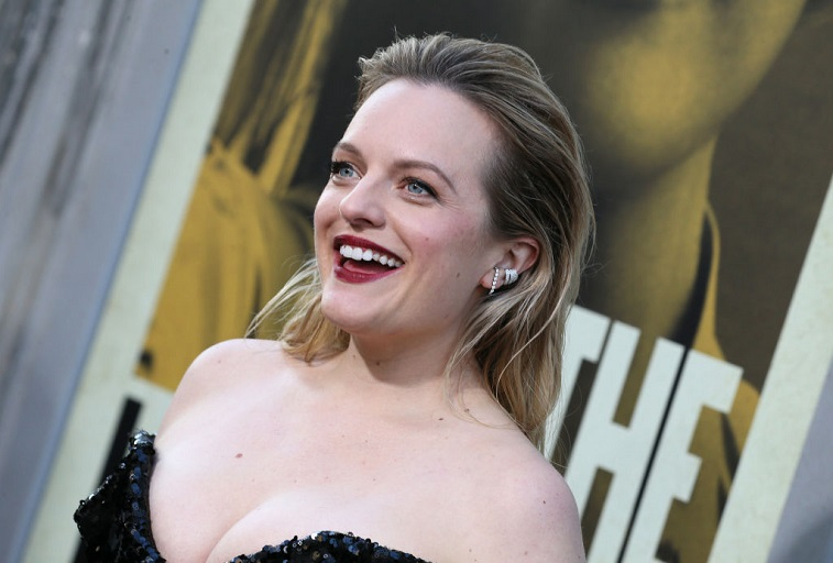 Elisabeth Moss attends the premiere of 'The Kitchen'