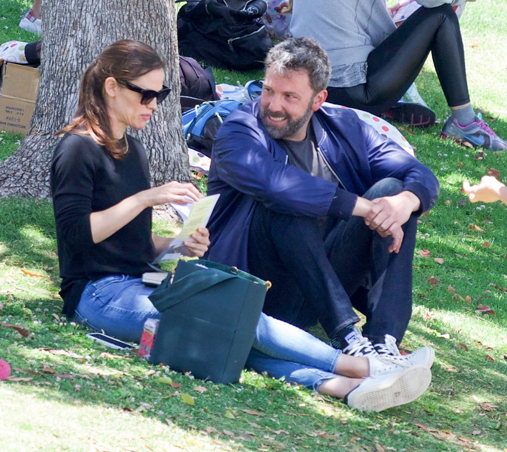 Is Ben Affleck Trying To Come Between Jennifer Garner And Her New BF