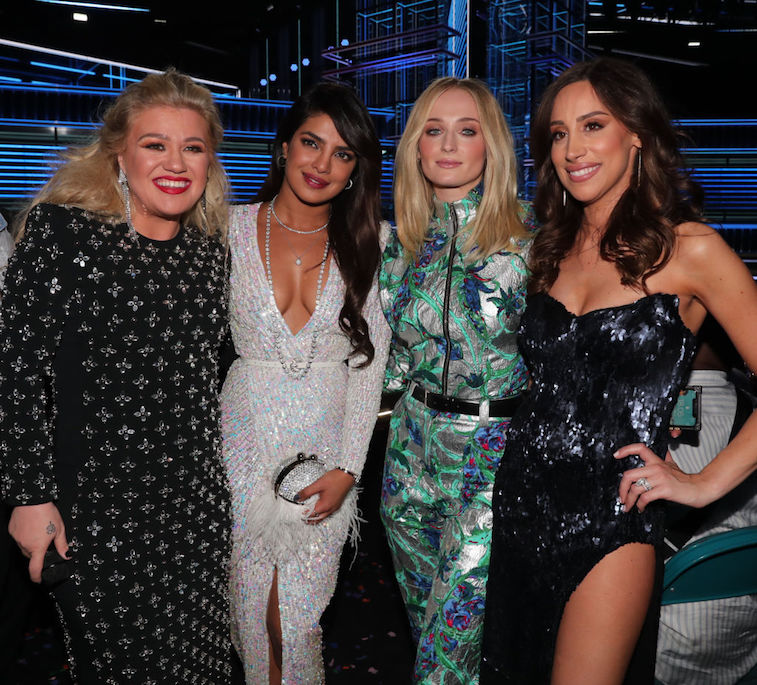 The 'Jonas Sisters' with Kelly Clarkson