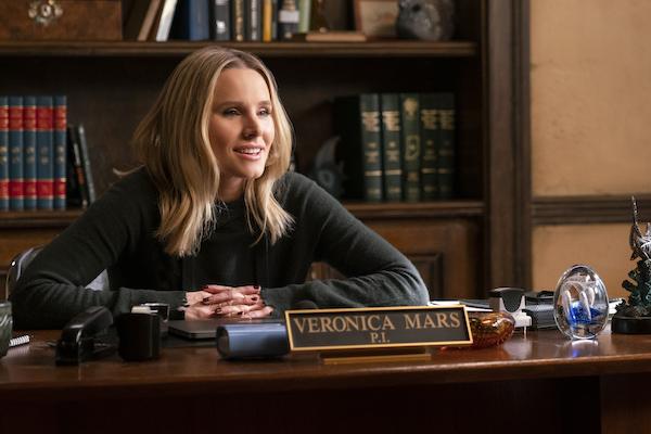 Kristen Bell as Veronica Mars