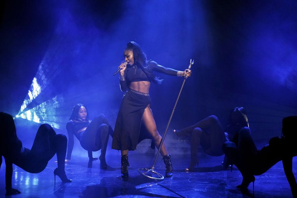 Normani perform VMA's