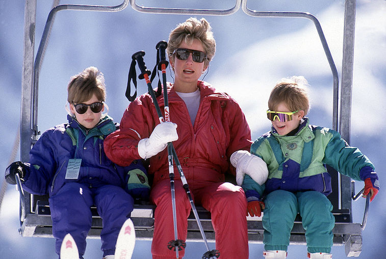 Princess Diana, Prince William, and Prince harry vacation 1991
