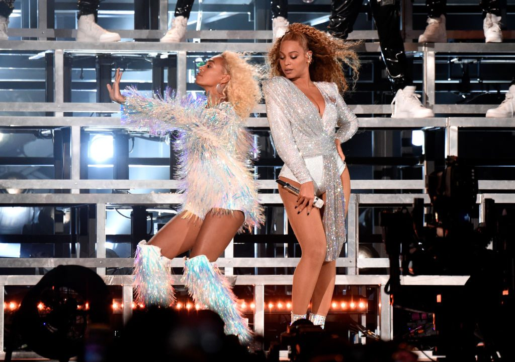 Solange Knowles and Beyoncé Knowles-Carter