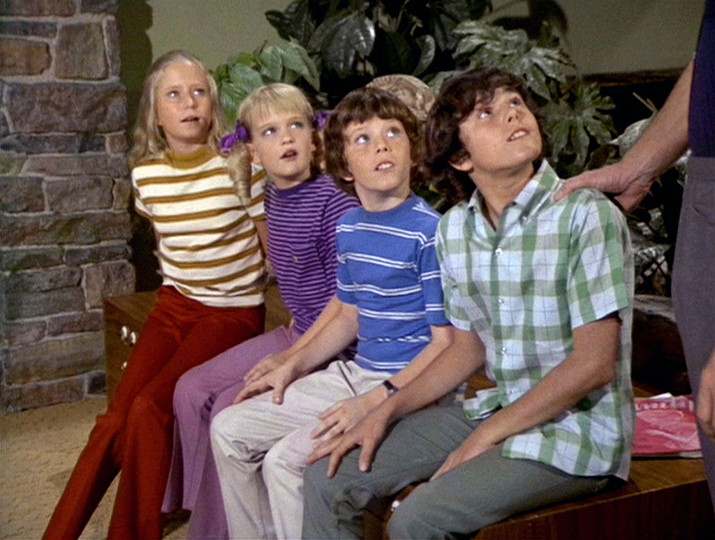A Very Brady Christmas Cindy.What Are The Brady Bunch Kids Doing Now