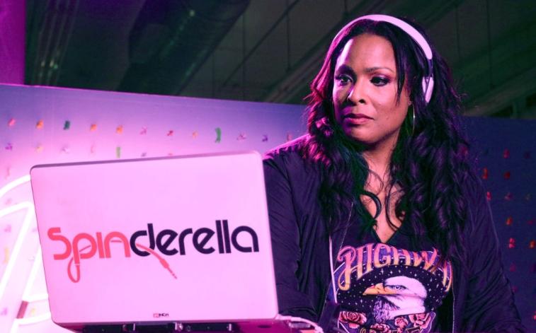 DJ Spinderella