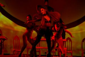 Why Are Fans Urging Ariana Grande To Cancel The Rest of Her 'Sweetener' Tour?