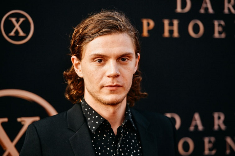 Evan Peters attends the premiere of 'Dark Phoenix'