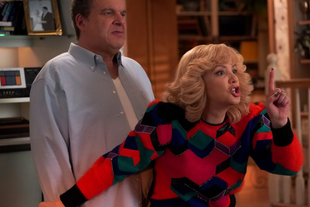 Jeff Garlin and Wendi Mclendon-Covey on 'The Goldbergs'