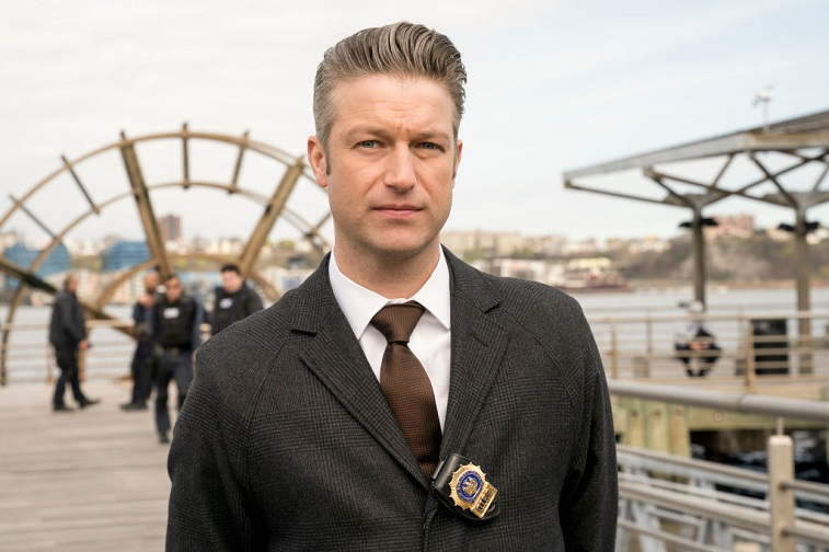 Peter Scanavino as Dominick 'Sonny' Carisi