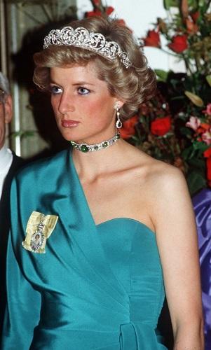 Princess Diana at a banquet at Claridges