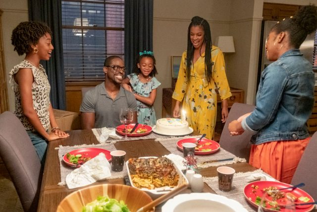 Randall and Beth with family in 'This Is Us' Season 4.