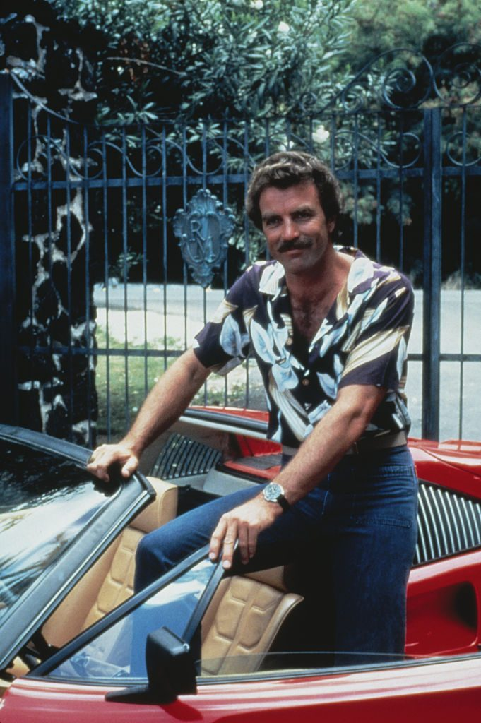 Tom Selleck as private investigator Thomas Magnum in the TV series Magnum, P.I.   Fotos International/Hulton Archive/Getty Images