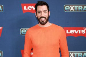Zooey Deschanel Dating 'Property Brothers' Star Jonathan Scott Right After Her Separation, Ex Breaks Silence