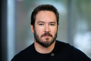 'Saved By the Bell' Reboot: Will Mark-Paul Gosselaar Join After All?