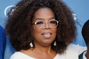 Attention Everyone: Oprah Is Going on Tour