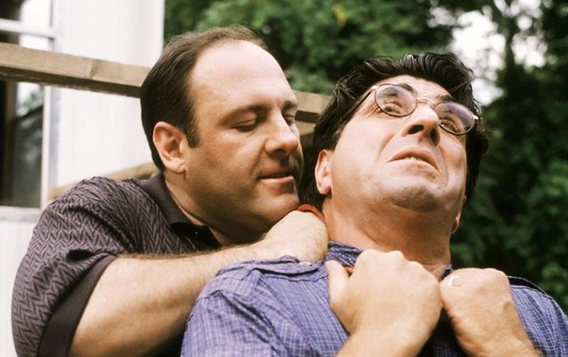 Tony Soprano kills a snitch in 'College'