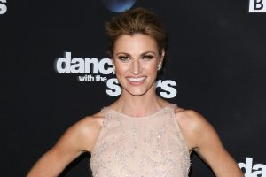 'Dancing With The Stars' Erin Andrews – and Her Father – Clap Back at a Body Shamer on Twitter