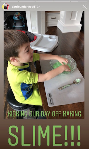 Carrie Underwood makes slime with her son