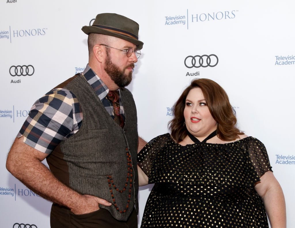 Chris Sullivan and Chrissy Metz on the red carpet