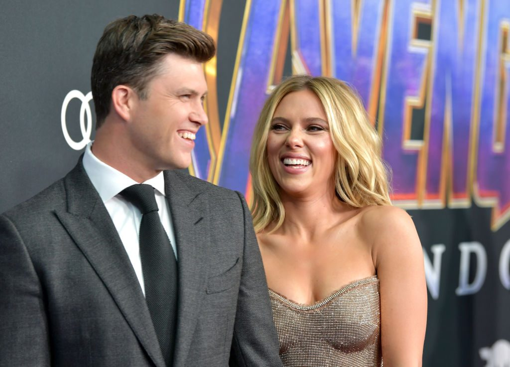 Scarlett Johansson Gushes Over Colin Jost S Engagement Proposal