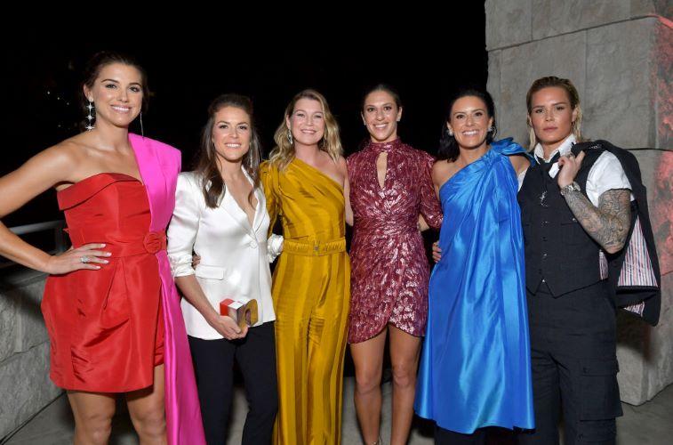Ellen Pompeo with the US Women's Soccer Team