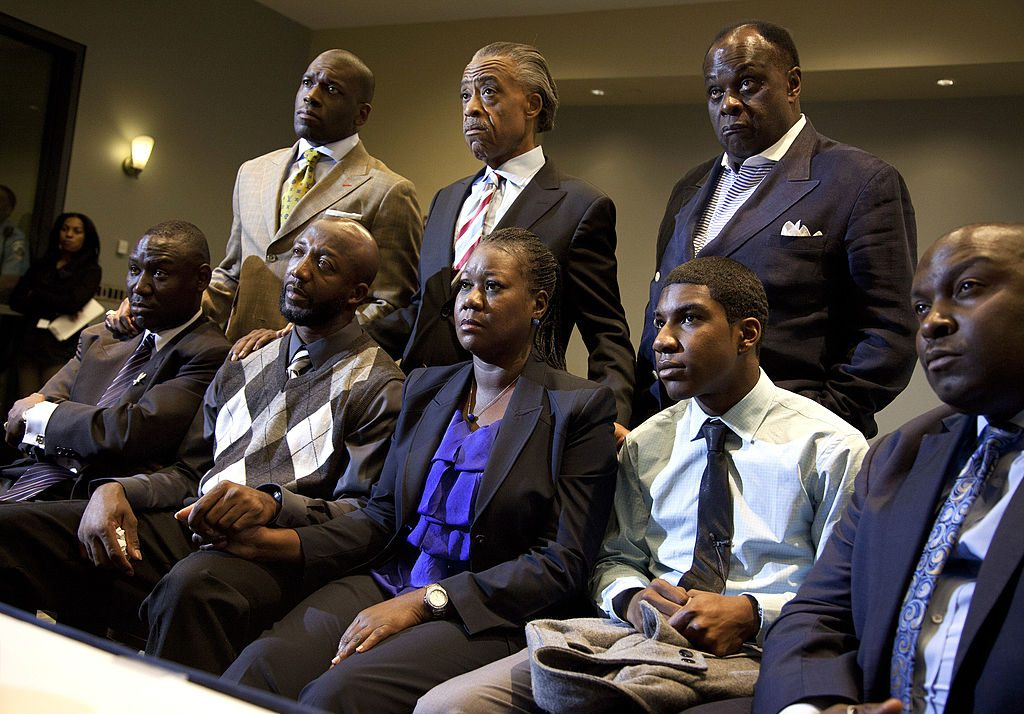 Jamal Bryant with civil rights leaders and Trayvon Martin's family