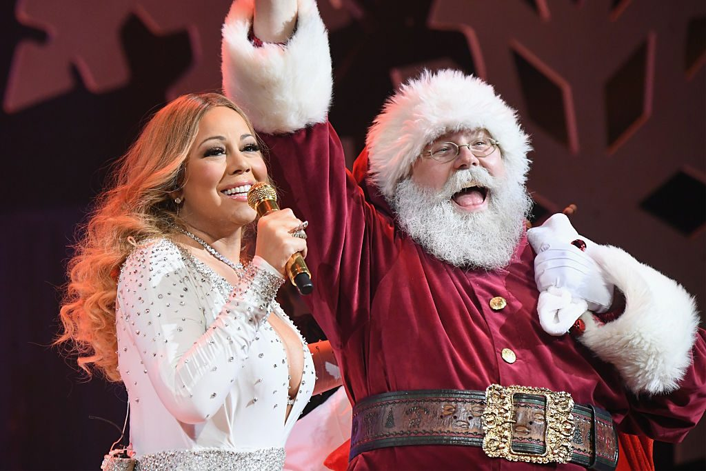 Christmas Albums Coming Out In 2019.How Mariah Carey Is Celebrating Christmas 2019