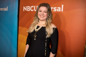 Kelly Clarkson Eats This Each Day To Maintain Her Almost 40-Pound Weight Loss