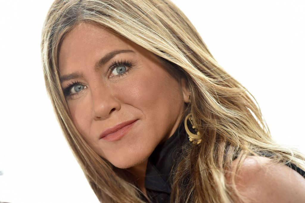 Jennifer Aniston just broke a HUGE Instagram record